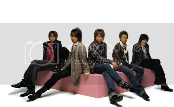 http://i394.photobucket.com/albums/pp24/welalala/arashi.jpg